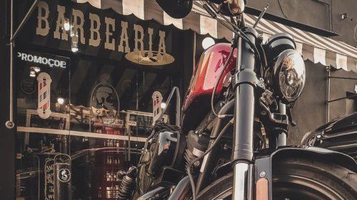 バイクを売る時に任意保険はどうする?解約方法と中断証明書を解説