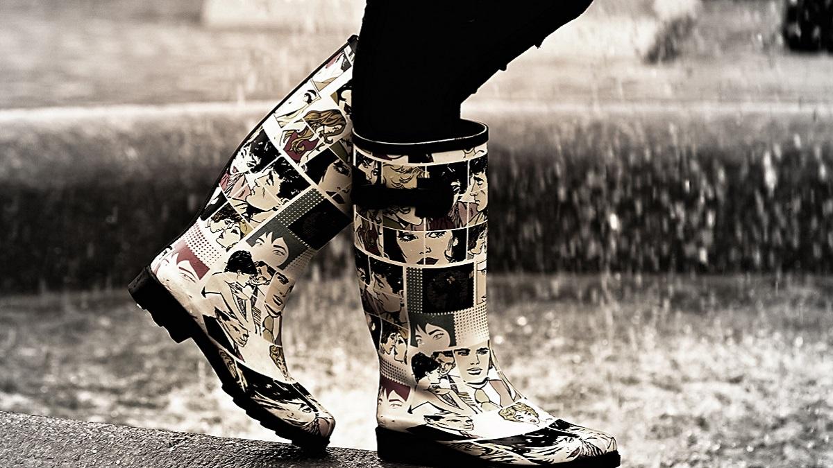 雨のツーリングで足が濡れる