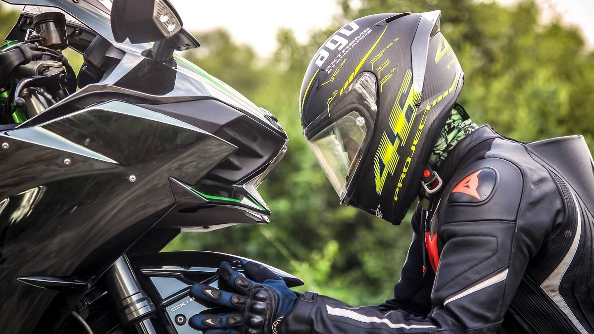 バイクのヘルメットサイズの選び方
