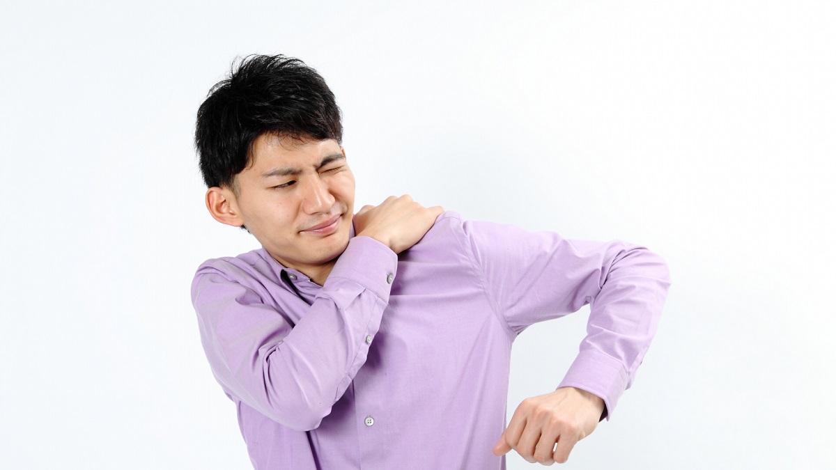 バイクで肩こりになる原因は?痛みを軽減するための対処法!