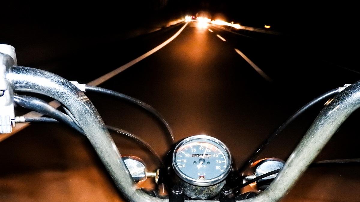 バイクやヘルメットの虫対策
