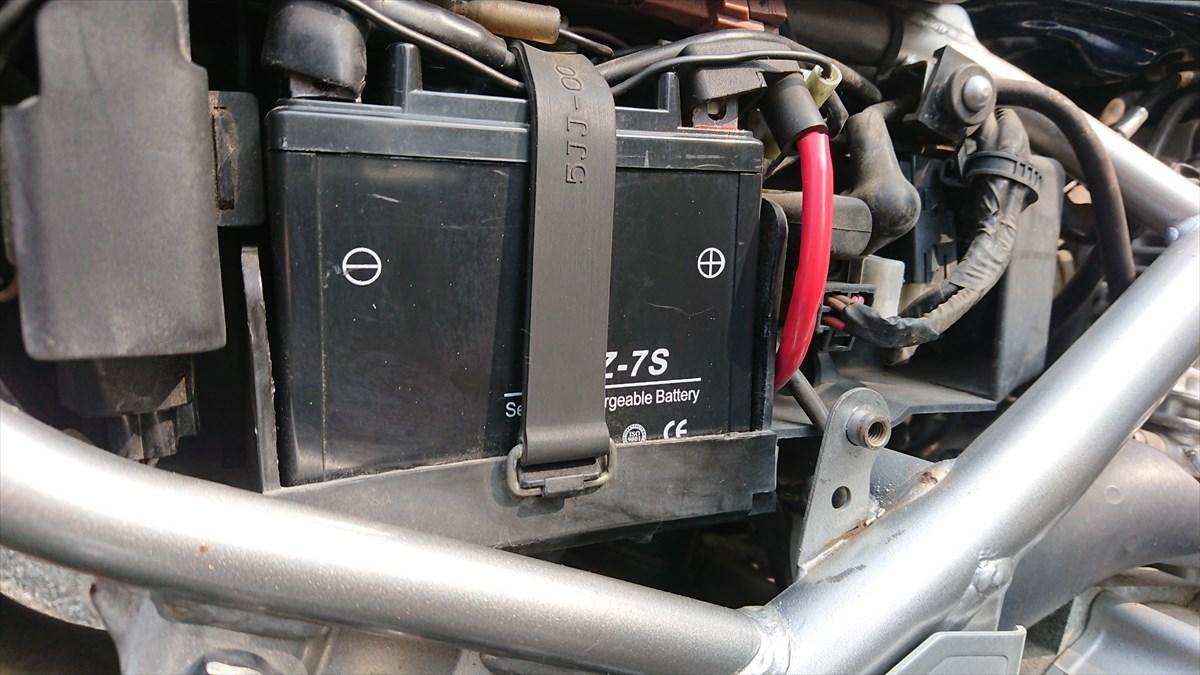 バイクのバッテリーの種類と互換性