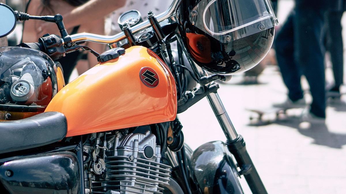 【単車】【オートバイ】【バイク】に違いは?意味や由来