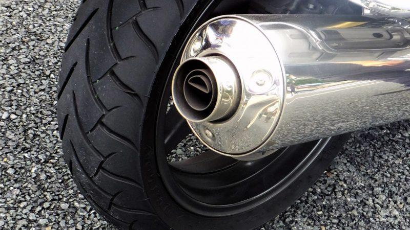 タイヤの寿命で走行距離はあてにならない