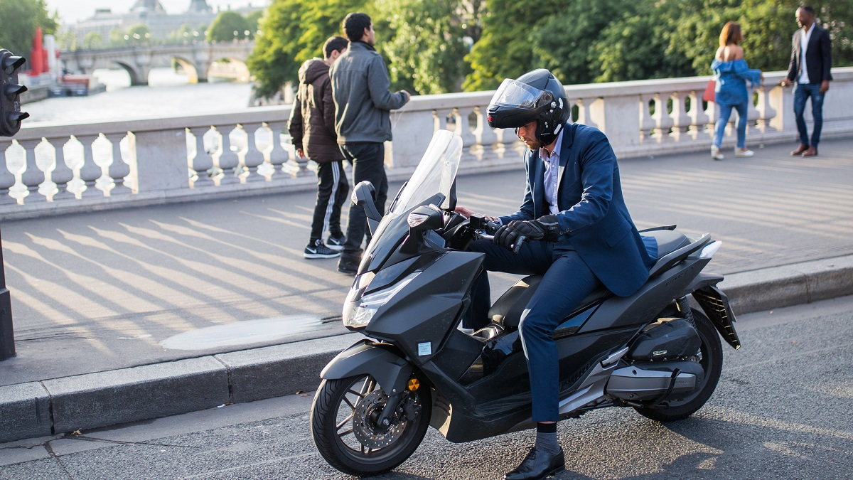 バイク通勤の始め方と注意点!メリットとデメリットも徹底解説!