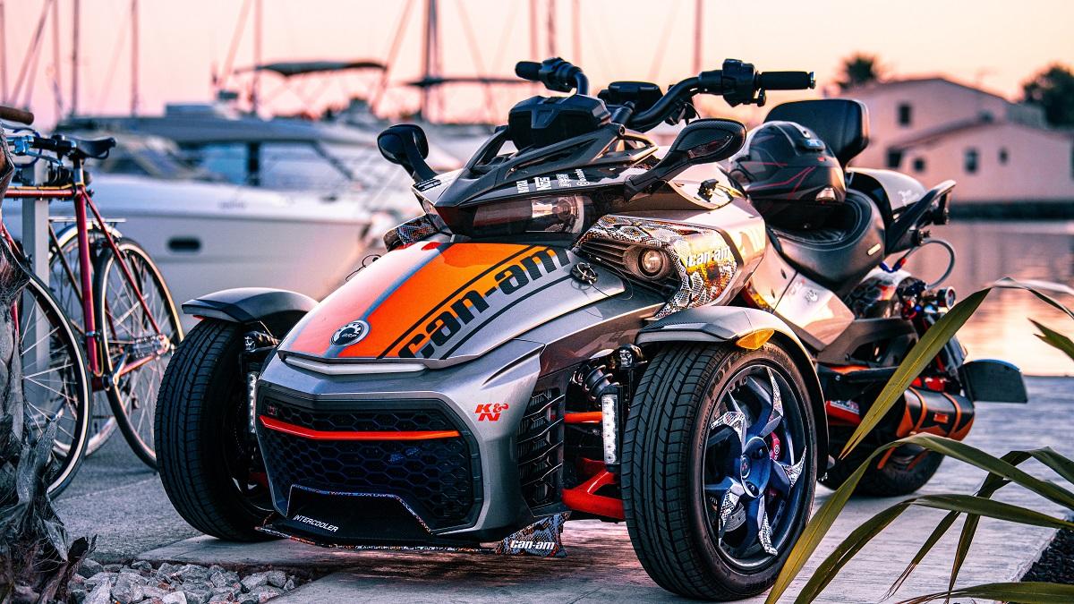 前二輪やトライクなど【三輪バイク】に必要な免許を詳しく解説!