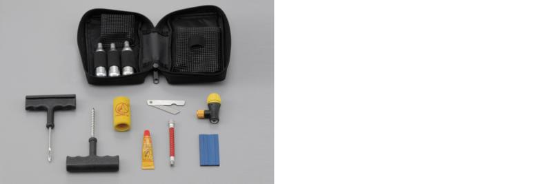 ツーリング時の携帯におすすめのパンク修理キット(チューブレス用)