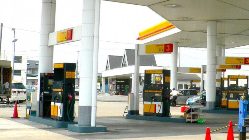 ガソリンスタンドのパンク修理はいくら?