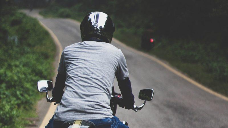 トルクを使って走るとバイクは安定するし曲がりやすい