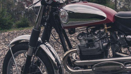 タペット音とは?バイクのエンジンからカチカチ音がしたら注意!
