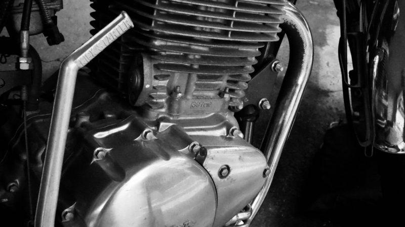 エンジンのオーバーホールが必要なタイミングは?