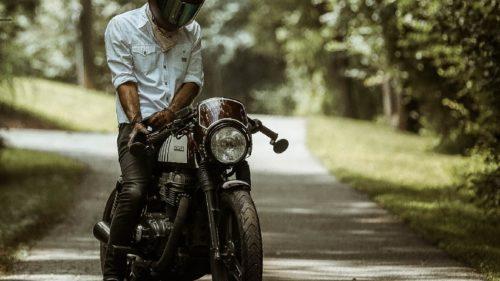 走行中にバイクがエンストした!考えられる7つの原因とは?