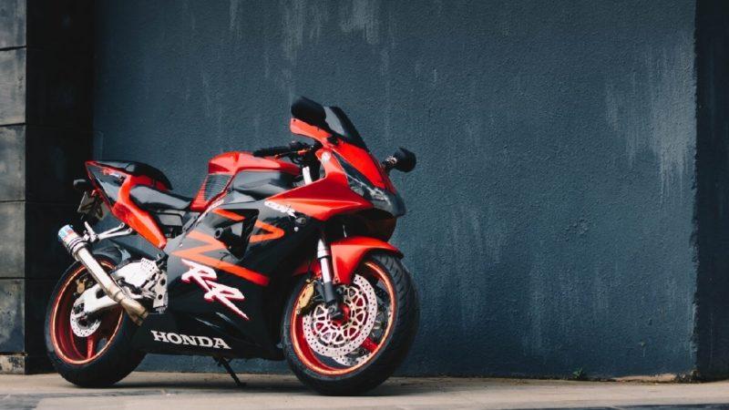 バイクを乗り換える時の任意保険はどうする?
