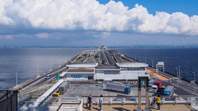 東京湾アクアライン「海ほたる」