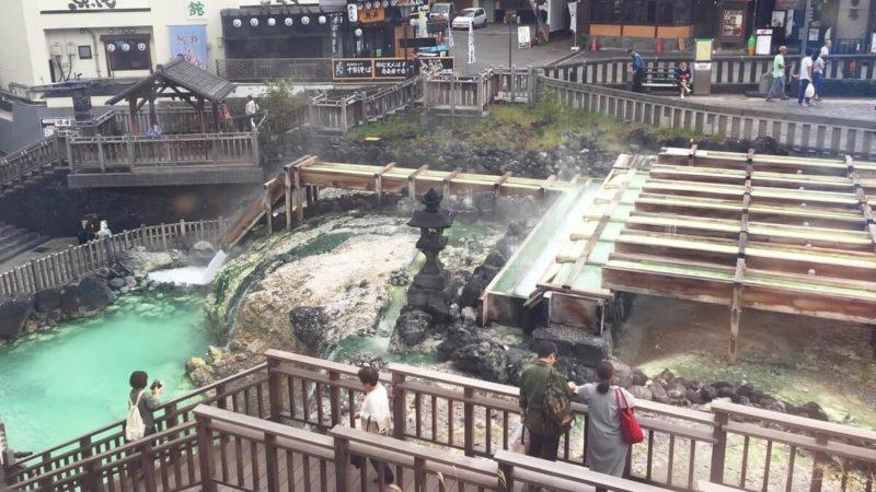 草津温泉(湯畑)