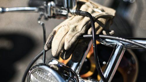 とろサーモン村田さんのバイクはSR400のカスタム!